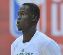 Thon Maker Becomes Internet Hero After Giving Up Seat on Airplane