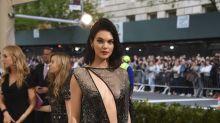 Kendall Jenner al desnudo en la Gala del MET