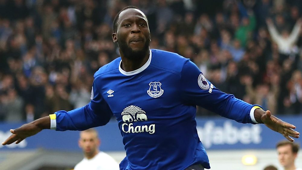 Chelsea target Lukaku has 'promise' that Everton will let him leave
