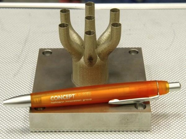 NASA building Space Launch System with laser melting, adapts 3D printing for the skies (video)