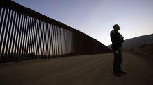 Funcionarios de Trump pregonan avances en muro fronterizo