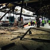 Train crashes into New Jersey station; 1 dead, more than 100 injured