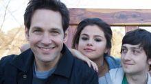 Assista ao trailer de filme com Paul Rudd e Selena Gomez que estreia em junho na Netflix