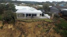 Abbruch an Australiens Küste - Häuser drohen einzustürzen