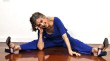 Betty Faria mostra elasticidade aos 79 anos e diz que recebe cantadas na web: 'Tem uns rapazinhos oferecidos'
