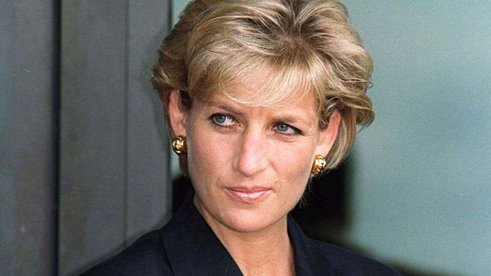Shock claims made by witnesses of Princess Diana's car crash
