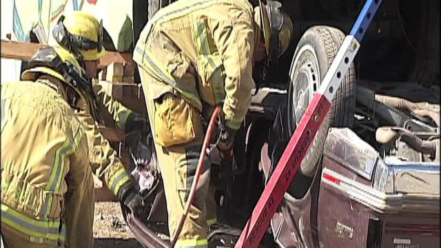 Bakersfield Fire Department drills vehicle extrication