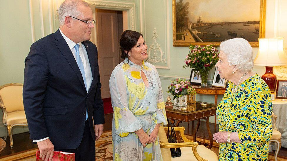 The quirky gift Aussie Prime Minister Scott Morrison just gave the Queen