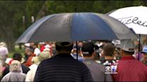 Colonial Fans Bring Umbrellas To Cheer On Spieth