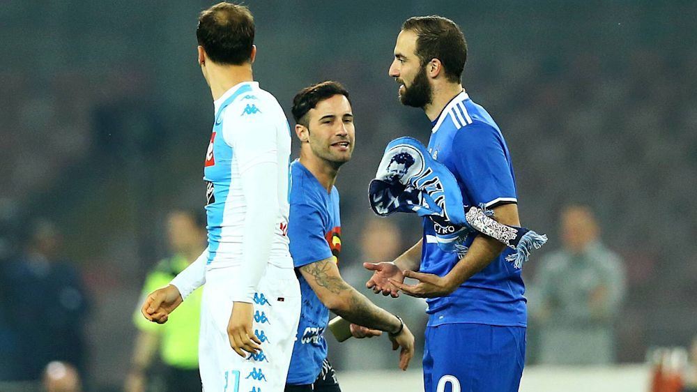 Juventus: Napoli-Flitzer attackiert Gonzalo Higuain