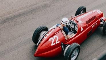 改到連母廠都認不出來!Mazda MX-5 變身成為 1930 Alfa Romeo 賽車