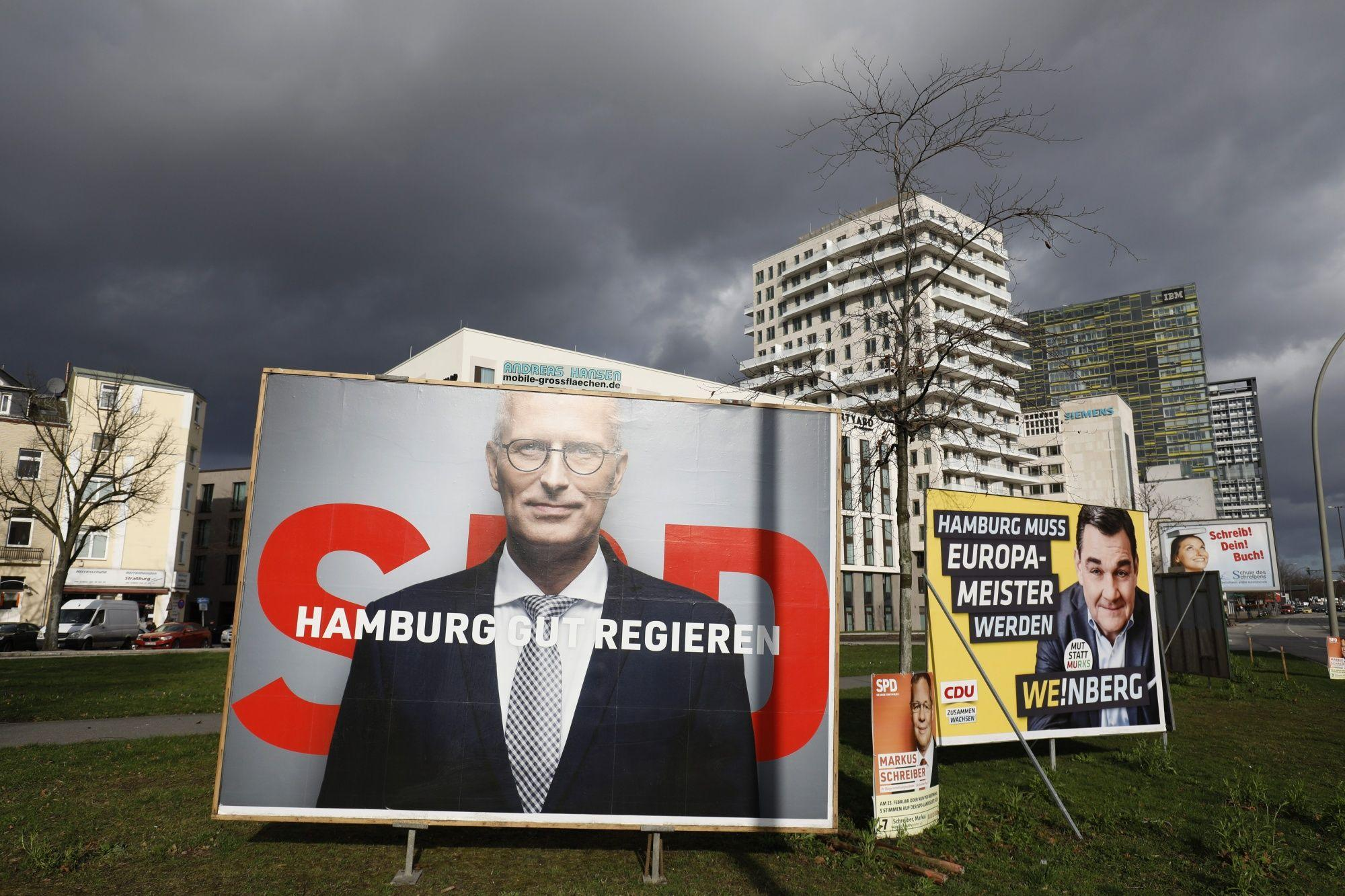 Hamburg election: Merkel party 'slumps as Greens surge'