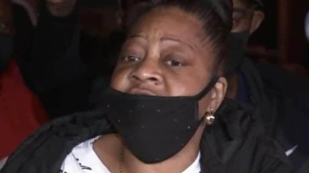 Walter Wallace Jr.'s mother says she pleaded for son's life: 'Don't shoot my son'
