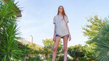 Teen takes longest legs record