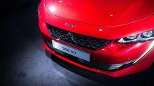 Peugeot Maker's Conviction It Can Endure Downturn Lifts Fiat