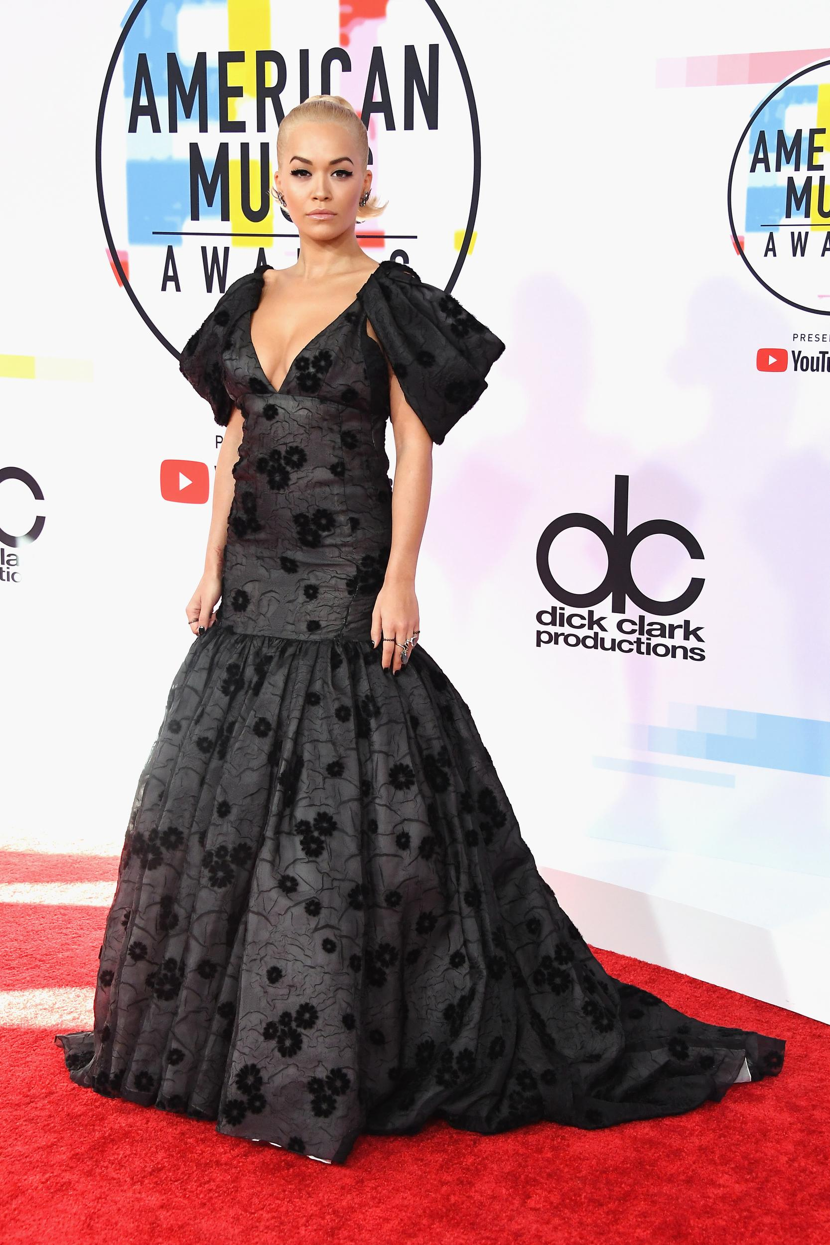 LOS ANGELES, CA - OCTOBER 09:  Rita Ora attends the 2018 American Music Awards at Microsoft Theater on October 9, 2018 in Los Angeles, California.  (Photo by Steve Granitz/WireImage)