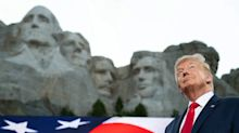 El espectáculo de Donald Trump: celebró el 4 de julio con fuegos artificiales y sin dar lugar al coronavirus