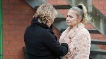 EastEnders' Linda Carter leaves Ollie in danger after drinking