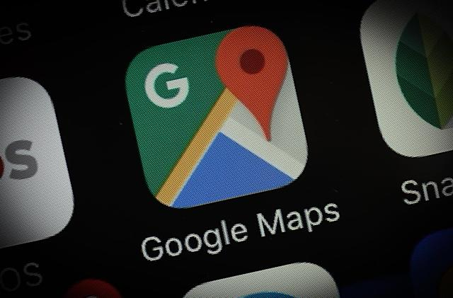 Google Maps keeps track of your conversations with local businesses