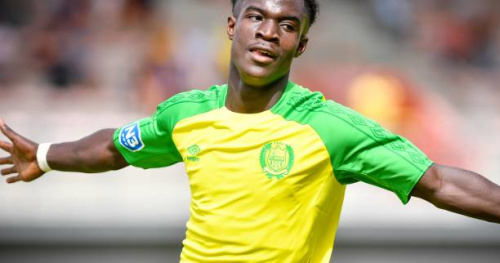 Foot - L1 - Nantes - FC Nantes : les jeunes Thomas Basila et Elie Youan prolongent