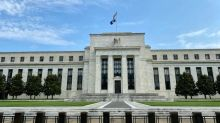 Fed extends share buyback ban on US banks into Q4