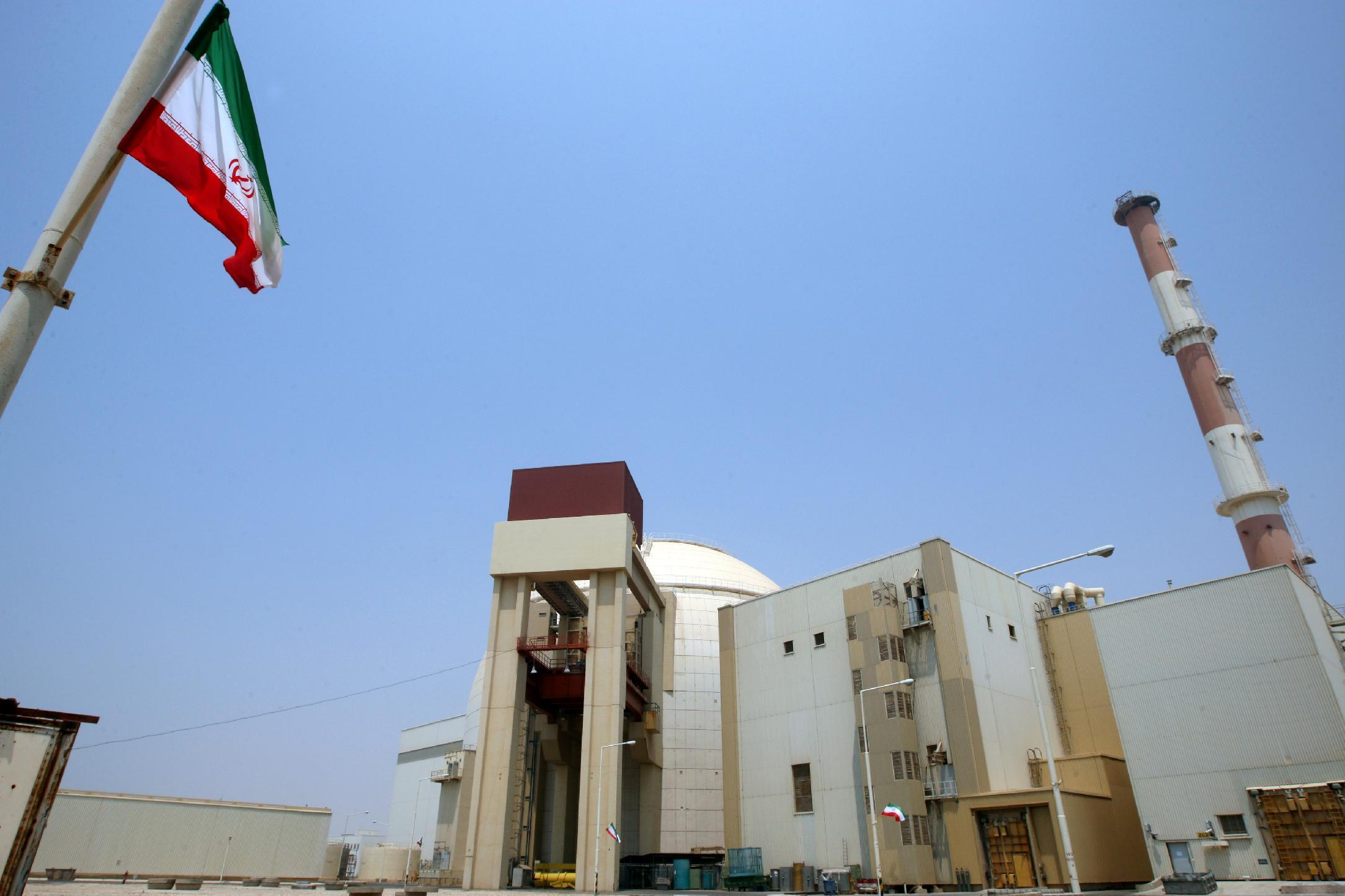 The reactor building at the Russian-built Bushehr nuclear power plant in southern Iran, August 21, 2010 (AFP Photo/Atta Kenare)
