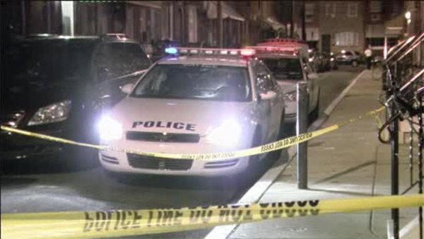 South Philadelphia hit-and-run driver takes girl, mother to hospital
