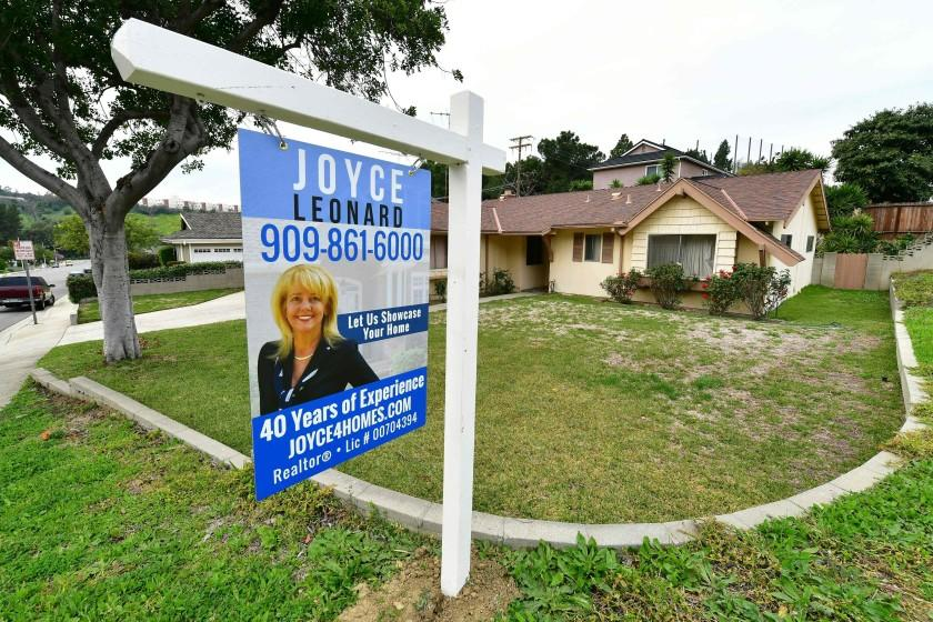 Hot, hot, hot ... warm: SoCal home values hit new record, but price rises are slowing