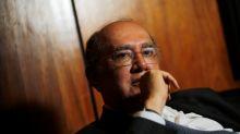 Gilmar Mendes volta a criticar militares na Saúde; Mourão pede retratação
