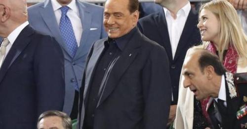 Foot - ITA - Silvio Berlusconi restera «le premier tifoso» de l'AC Milan