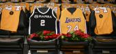 Fans are still finding different ways to pay their respects to NBA legend Kobe Bryant after his tragic death in January. (Kelvin Kuo/AP)