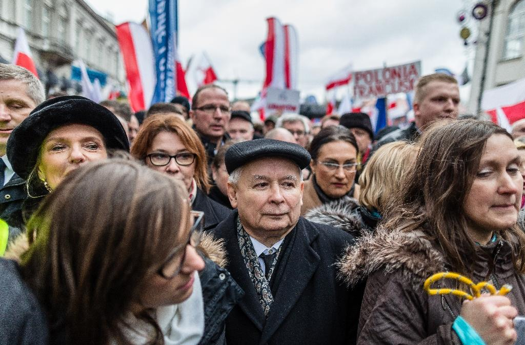 Jaroslaw Kaczynski (C), leader of Poland's ruling party PiS party, could be loathe to tackle the abortion issue, especially since he is already embroiled in disputes over controversial reforms to the constitutional court (AFP Photo/Wojtek Radwanski)