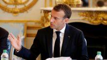 """Macron assure Erdogan de son soutien à une """"Turquie stable et prospère"""""""