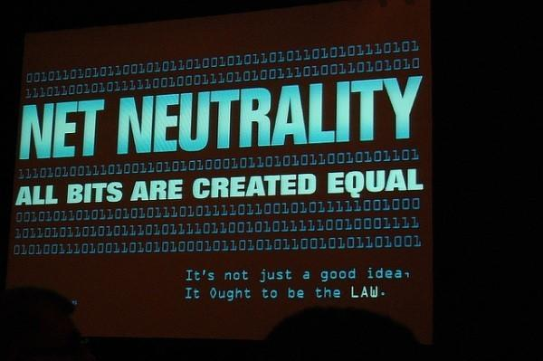 Appeals court strikes down key parts of the FCC's net neutrality rules (update: Verizon statement)