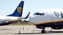 Ryanair misses traffic target, braces for hedging hit