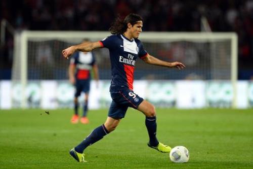 PSG gana con gol de Cavani y lidera, Lyon cae en la Liga 1 francesa