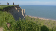 Risks of landslides on the rise at Scarborough Bluffs due to higher water levels