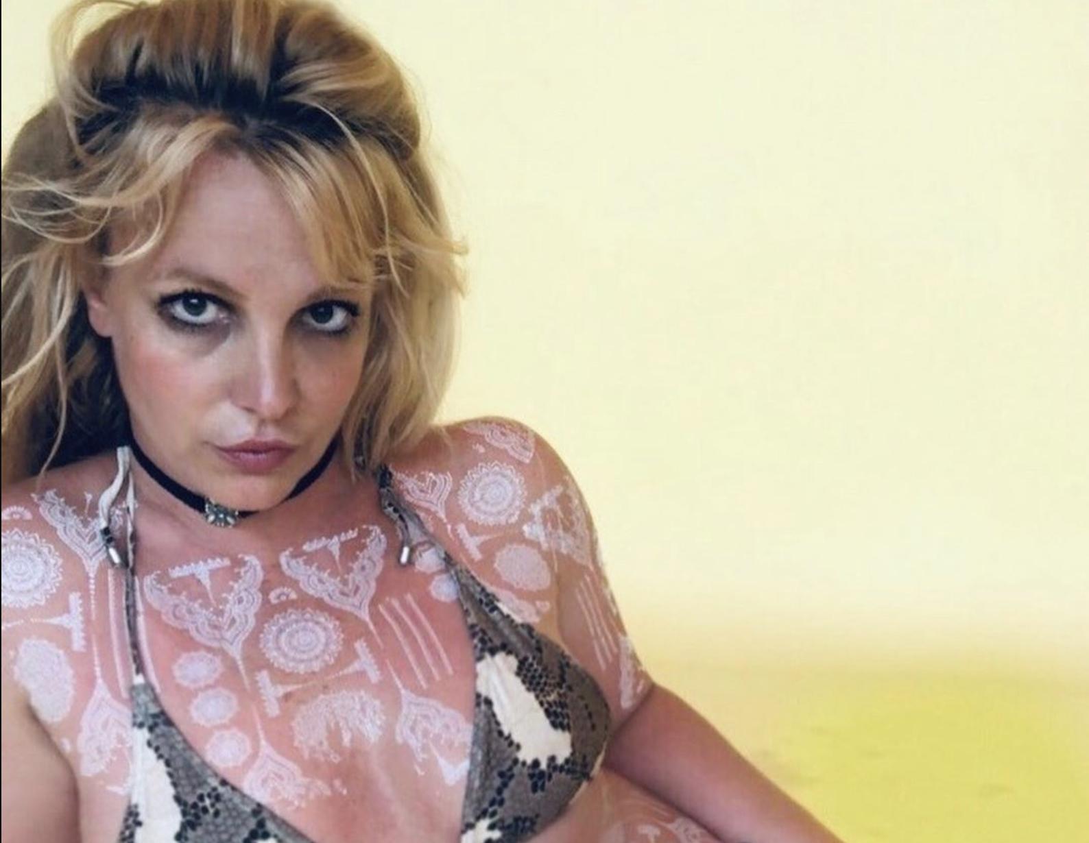 Britney Spears Showcases Full Body Henna Tattoos
