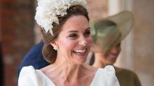 Auch auf Prinz Louis' Taufe bleibt Herzogin Kate ihrem Designer treu