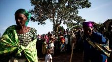 More than 300,000 flee DRC violence in two weeks, UN agencies say