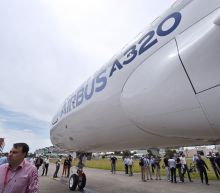 Saudi, Philippines airlines order Airbus, IAG goes for Boeing