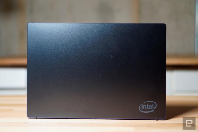 Intel Tiger Lake reference PC