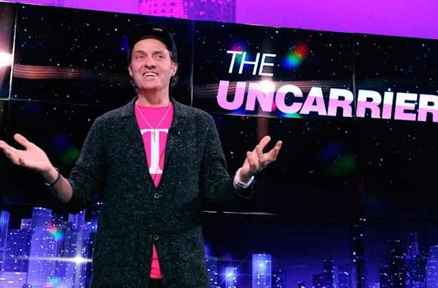 T-Mobile will give Verizon customers a year of Hulu to switch