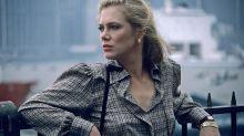 Kathleen Turner revela ter sido alvo de aposta sexual entre astros nos anos 80