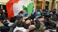 Italy taxis stop strike over 'Uber' benefits