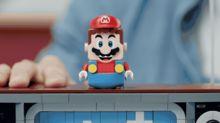 Hand-crank a level of Super Mario Bros. on Lego's new 2,646-piece NES kit