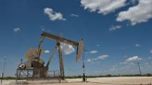 Oil prices dip on worries fuel demand to stall as global growth slows
