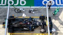 """F1: Mercedes explica """"sequência estranha de eventos"""" que levou à punição de Hamilton"""