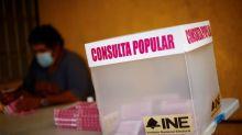 """AMLO considera un """"triunfo"""" la consulta sobre el juicio expresidentes pese a alta abstención"""