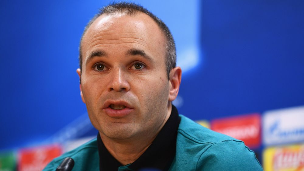 Iniesta refuses to confirm Barcelona future